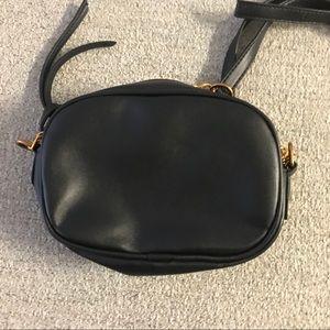 Black cross body bag for @sweetheartgirls